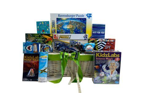 Build and Design Boys Gift Basket Age 8+