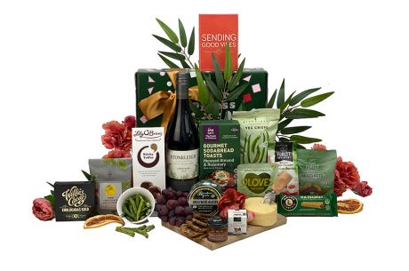 Perched Pinot Hamper Gift