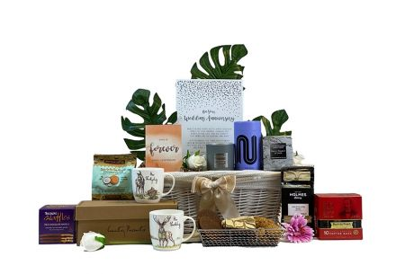Younger Anniversary Gift Hamper